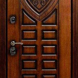 Дверь из массива DR344